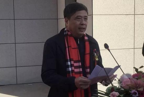 海城市委常委、宣传部部长金长松致词